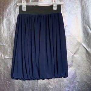 Un Deux Trois-Navy Blue Skirt w/elastic waist M